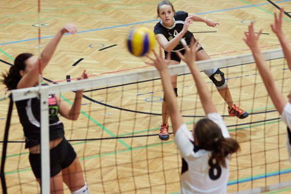 sg-wels-volleys-gegen-oberndorf-am-19102013-20131020-165405785716577DDC-7D53-6EF0-3556-32941169F529.jpg