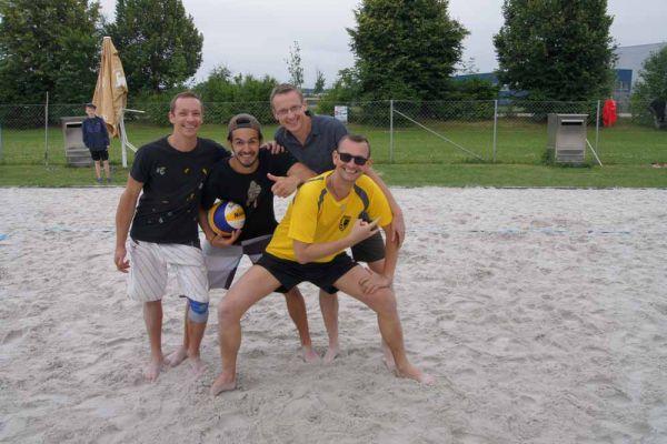 1-welser-beach-stadtmeisterschft-quattro-1-20150620-12626405979E244BFD-1635-3E95-A397-F62932420359.jpg