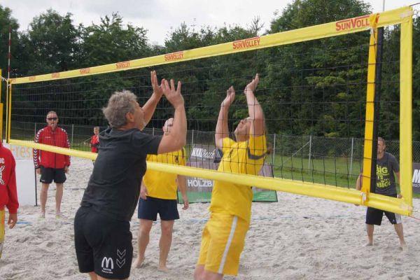 1-welser-beach-stadtmeisterschft-quattro-1-20150620-13344839101609D330-C3D8-5144-4B3C-6C5348BFF2C2.jpg