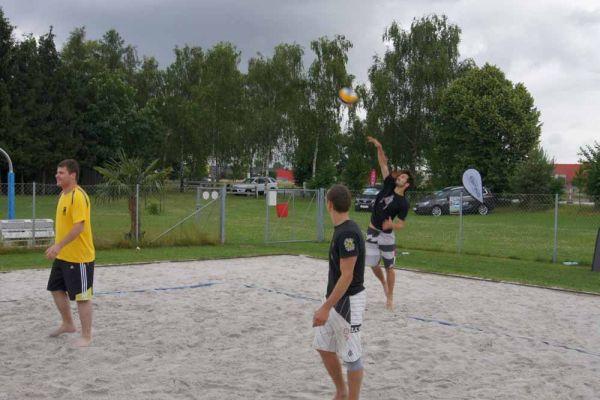 1-welser-beach-stadtmeisterschft-quattro-1-20150620-16495676444BCE61AE-A88B-A677-F679-6424FBF2642C.jpg