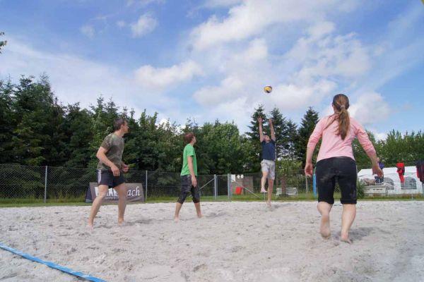 1-welser-beach-stadtmeisterschft-quattro-1-20150620-17273294543AEBBA90-F711-F8B7-47A6-C29872800CFC.jpg