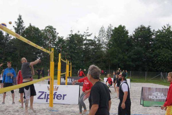 1-welser-beach-stadtmeisterschft-quattro-1-20150620-20826990295CD8167F-6D53-3E8F-2D48-446636184F20.jpg