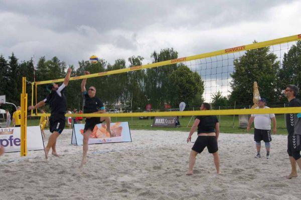 1-welser-beach-stadtmeisterschft-quattro-10-20150620-1318091471A34354A2-239D-7A7A-EC3F-03E567E228B5.jpg