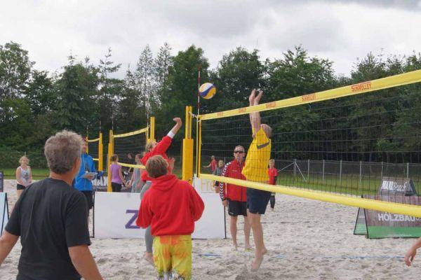 1-welser-beach-stadtmeisterschft-quattro-10-20150620-1366298758D9BF836C-A0BA-8B60-0F91-F3DD25E52563.jpg