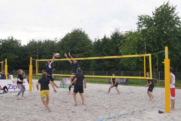 1-welser-beach-stadtmeisterschft-quattro-10-20150620-1786046044B32BF0CA-D351-3A38-D17C-5F4D04D7BAF3.jpg