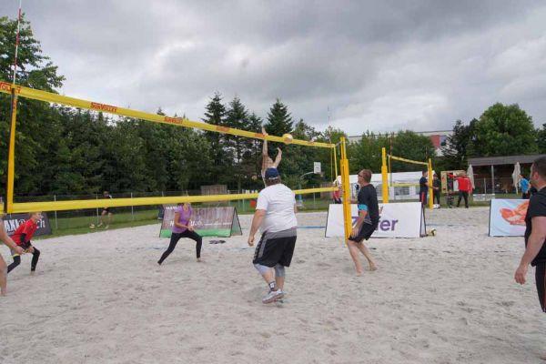 1-welser-beach-stadtmeisterschft-quattro-10-20150620-181410400864BB04F5-E070-7CE7-7EFE-D0C919F6BAA4.jpg