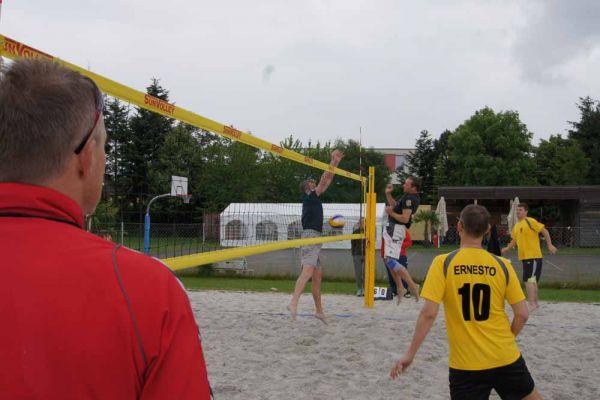 1-welser-beach-stadtmeisterschft-quattro-2-20150620-1631896493D85F717D-1D6A-DFA4-3334-FF71BED16486.jpg