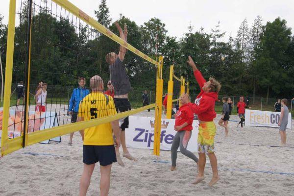 1-welser-beach-stadtmeisterschft-quattro-3-20150620-13849924918EBB26D6-B5E5-802A-A1B2-FFB91E22E9F2.jpg