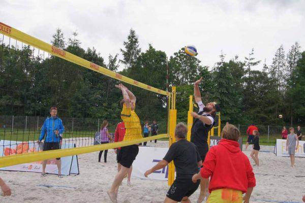 1-welser-beach-stadtmeisterschft-quattro-3-20150620-1964252026032C7E40-AEFB-986A-7245-0D6836AFD024.jpg