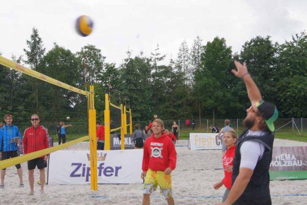 1-welser-beach-stadtmeisterschft-quattro-4-20150620-1027159511DB130224-BD78-9DC5-7816-BD6FAB115477.jpg