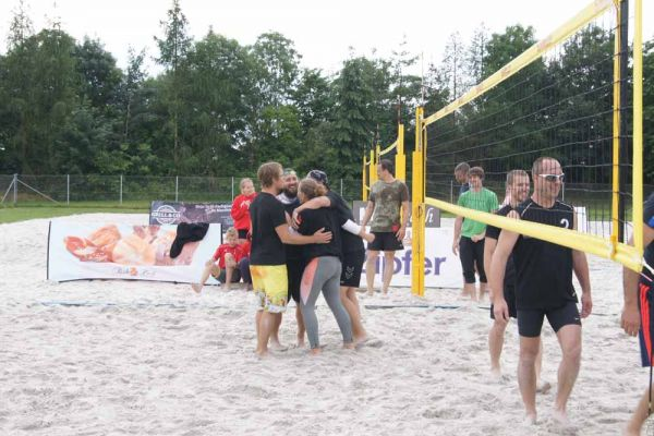 1-welser-beach-stadtmeisterschft-quattro-4-20150620-1118061924253CF477-A076-A10A-E641-20A1AB070537.jpg