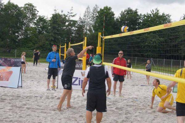 1-welser-beach-stadtmeisterschft-quattro-4-20150620-135487562105617D3C-E2A1-56AE-3F76-01E2CFA50AFC.jpg