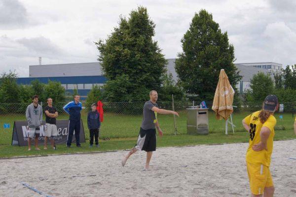 1-welser-beach-stadtmeisterschft-quattro-4-20150620-199946290378366042-05C6-D5BC-170D-6ACC9386DAE8.jpg