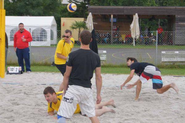 1-welser-beach-stadtmeisterschft-quattro-4-20150620-2099183221A01DC501-5DA9-9543-81DF-CF2DC9660B57.jpg