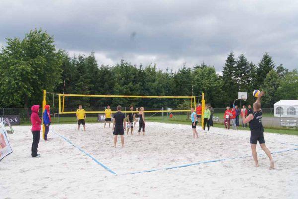 1-welser-beach-stadtmeisterschft-quattro-5-20150620-11370887182E65F333-F7C6-23D7-8A41-6ADDA806227D.jpg