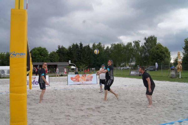 1-welser-beach-stadtmeisterschft-quattro-5-20150620-15126154877E1B9A47-21B4-D341-9FFB-3F1DFE337FDF.jpg