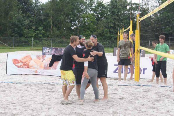 1-welser-beach-stadtmeisterschft-quattro-5-20150620-1774796475E184F051-3A16-D941-6FF1-05A63E21CC85.jpg