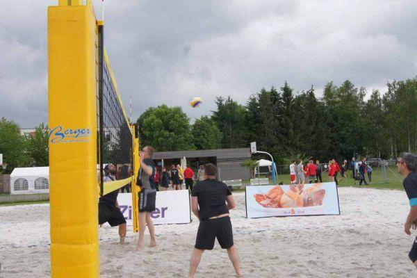 1-welser-beach-stadtmeisterschft-quattro-6-20150620-1157854485EE59B59D-9ED7-596E-D194-A2381CE4F369.jpg