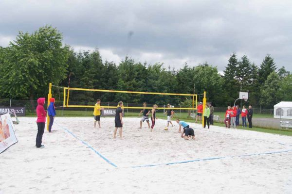 1-welser-beach-stadtmeisterschft-quattro-6-20150620-1642229377D93907C3-F507-88D2-8C10-DE680F9DA769.jpg