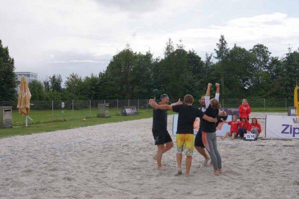 1-welser-beach-stadtmeisterschft-quattro-7-20150620-13299867949FF4CF4F-EF5F-6E6D-99AC-B5FFCBFD9A2A.jpg