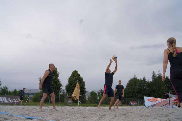 1-welser-beach-stadtmeisterschft-quattro-7-20150620-1849924772578026CB-A19C-8480-ED7D-DFFAFC4E03CF.jpg