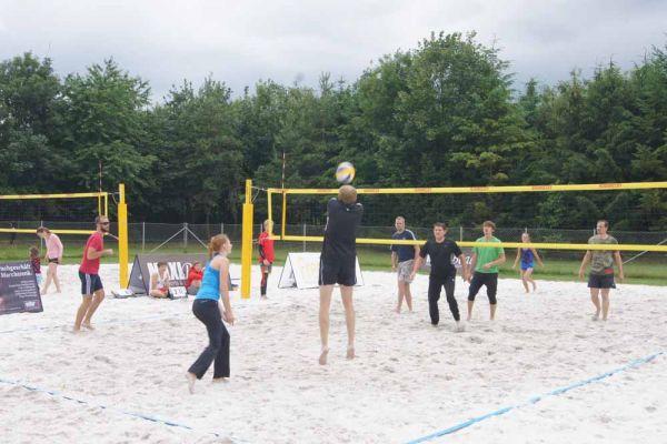 1-welser-beach-stadtmeisterschft-quattro-8-20150620-1118441084306D102A-5743-74DB-9881-D63EA087489F.jpg