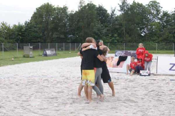 1-welser-beach-stadtmeisterschft-quattro-8-20150620-1370225892963565B4-C7F8-CBF2-448F-3681C6C94ABC.jpg