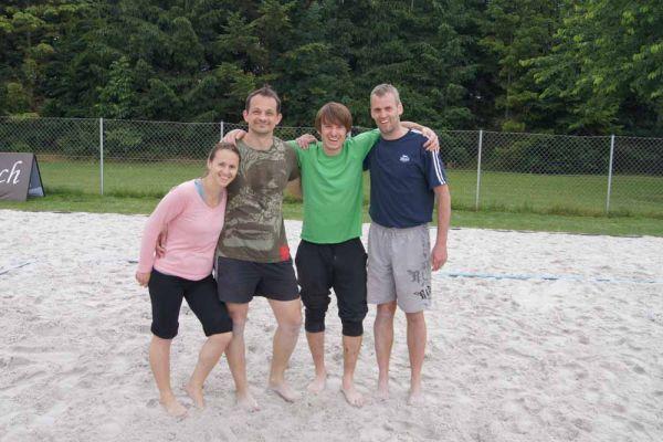 1-welser-beach-stadtmeisterschft-quattro-8-20150620-1874478999520871B2-84CE-10D1-052A-E70898E84CA4.jpg