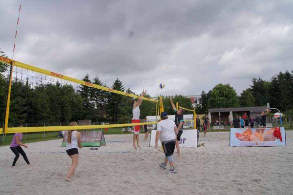 1-welser-beach-stadtmeisterschft-quattro-8-20150620-1908467839C0166469-F327-13DA-2AD9-2D0C6D76E9BB.jpg