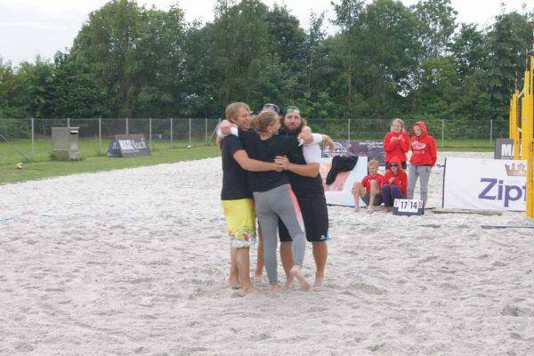 1-welser-beach-stadtmeisterschft-quattro-9-20150620-12673326480319CFF0-D213-0810-B840-6A7DB9EECDEF.jpg