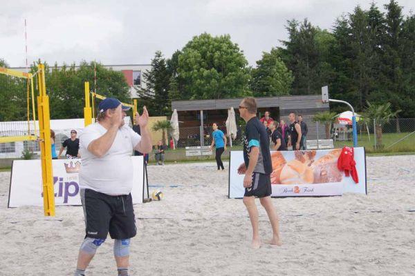 1-welser-beach-stadtmeisterschft-quattro-9-20150620-174546957003732DC0-C3B1-1AEC-73A7-F0A1FF8DF488.jpg