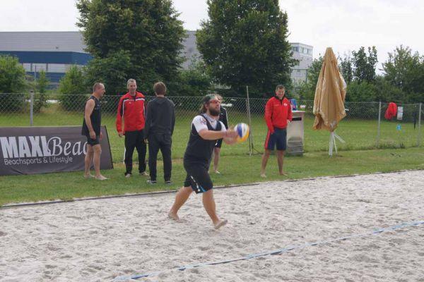 1-welser-beach-stadtmeisterschft-quattro-9-20150620-2031406794A2E2B1F7-661C-6CD4-8496-C02E8435BB87.jpg