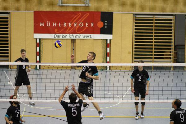 1-landesliga-herren-gegen-sportliga-linz-20121215-162412620589381D83-10AC-95B2-CAC5-5461DF3C044C.jpg