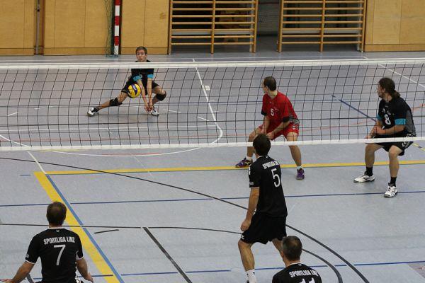 1-landesliga-herren-gegen-sportliga-linz-20121215-18051004831A3885B0-6272-5782-8919-B82A97379F10.jpg