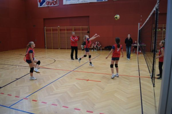 u12-gegen-union-neuhofen-und-askoe-ried-in-der-riedmark-7-20111216-1068508672040D9280-AEC6-803F-FE57-024A429DEA6A.jpg